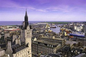 Tour Scotland by Car Aberdeen_690x460